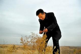 王有德:科学治沙探路人的坚守与创新