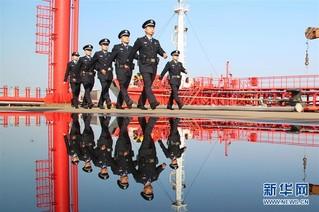 #(社会)(3)全国出入境边检机关全员统一换装