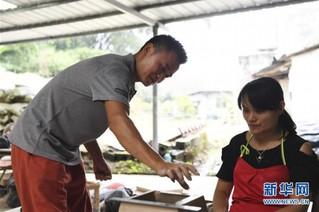 (图片故事)(5)变泥为器——一个农民的返乡创业故事