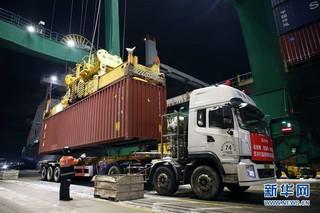 (聚焦疫情防控)(1)天津港开辟疫情防控救援物资绿色通道