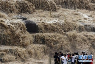 #(环境)(3)黄河壶口瀑布水量增多