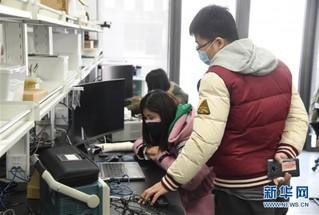 (聚焦疫情防控·图文互动)(5)战疫情 稳增长 强信心——北京复工日生产建设一线见闻