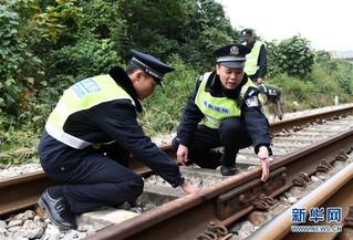 (社会)(6)中越国际客运列车十年的平安守护