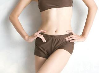腹部是女人最性感的位置之一