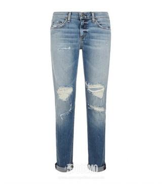 牛仔裤来自Rag & Bone 售价1787元 可从英国Harrods购买