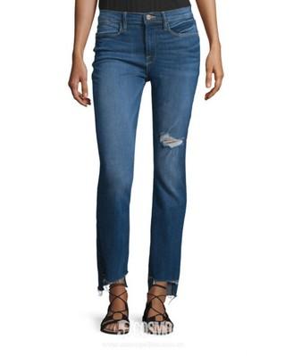 牛仔裤来自Frame 售价1655元 可从美国BergdorfGoodman购买