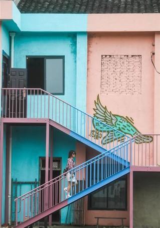 (社会)(1)山乡旧厂房变身艺术园区 助力乡村文创产业发展