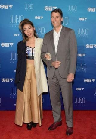 33岁曲婉婷与52岁温哥华市长男友分手