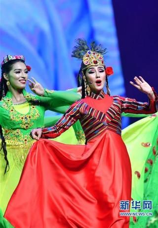 (新华视界)(4)首届天津和田民族团结活动周在津启幕