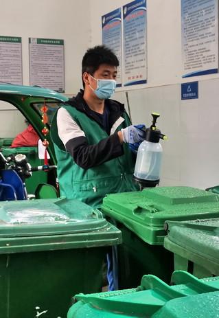 (社会)(4)北京:设施齐备促进垃圾分类
