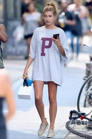 夏日穿搭一件T恤裙就搞定,懒人的终极福音来啦!