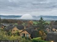 外星人?威尔士小镇现神秘白色半球体
