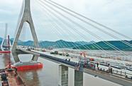 富翅门大桥收尾施工