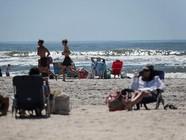 纽约州部分海滩开放