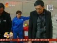 春运安全:江苏常州——旅客携带大量油漆进站被拘捕