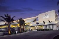 三亚中心凯悦嘉轩酒店外观。