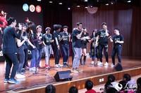 哈佛大学阿卡贝拉乐团在中国儿童中心表演