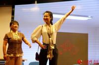 """""""无滋味 不青春""""2018年龙潭地区青年说活动,采取舞台剧的形式,邀请机关及社区青年自编自演。"""