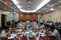 昌江县召开县委理论学习中心组学习会