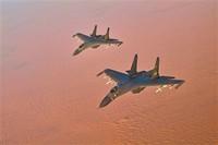 战机奔赴演习区域。杨军 摄