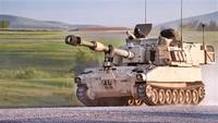 在本届防务展上亮相的M109A6自行榴弹炮