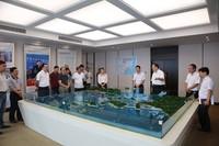 代表团一行在浙江舟山港考察