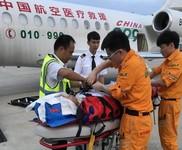 三亚机场紧急转运外籍重症病患