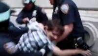 发生暴力示威时,欧美国家的警察会怎么做?