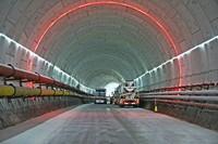 成型的海底大盾构隧道。
