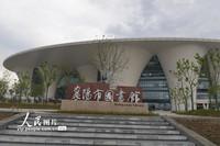 4月30日,襄阳图书馆新馆。