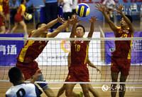 江西省第六届全民健身运动会气排球比赛在南昌举行(人民网 时雨/摄)