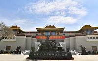 这是3月28日拍摄的西藏百万农奴解放纪念馆。