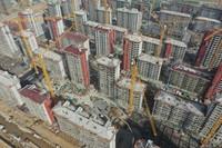 3月30日拍摄的河北雄安新区容东片区建设现场(无人机照片)。