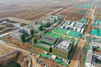 3月31日拍摄的建设中的北京四中雄安校区(无人机照片)。新华社记者 邢广利 摄