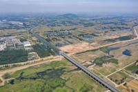 这是5月22日拍摄的河南省平顶山市鲁山县的南水北调中线关键性工程——沙河渡槽(无人机照片)。新华社记者 才扬 摄