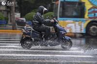 北京迎来明显降雨。人民网记者 翁奇羽摄