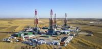 大庆油田古页油平1试验区钻井现场(资料照片)。