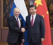 习近平会见普京:双方是真正相互信赖的战略伙伴