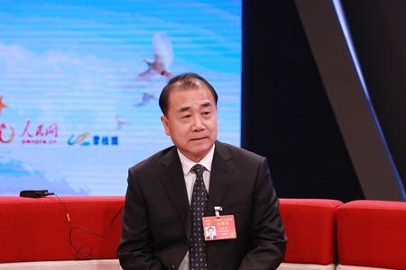 河南省高法院长张立勇谈深化司法改革 促进公平正义