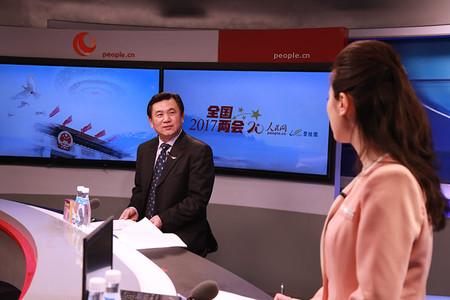 中国民航局局长冯正霖做客人民网谈创新民航发展思路 推进民航强国建设