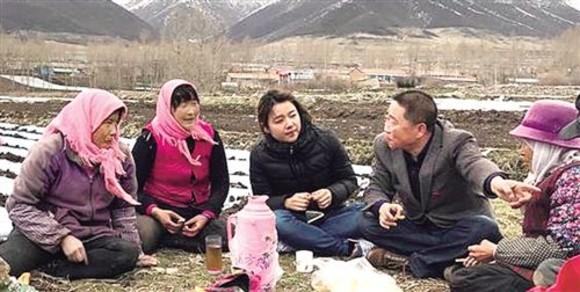 记者蹲点贫困村 体验脱贫攻坚战