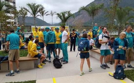 里约奥运村火灾!100名运动员狂奔逃生