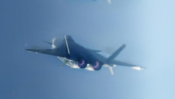 俄罗斯:中国机群将把美国航母战斗群逼入绝境