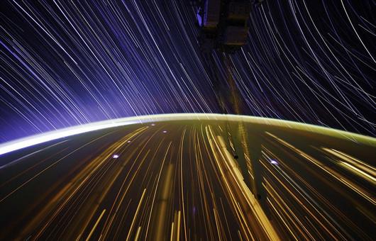 NASA宇航员公布太空美照