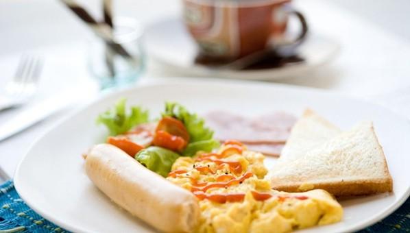 好早餐必须挑三减四