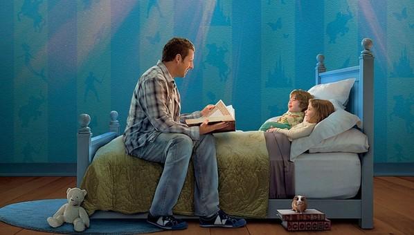 孩子睡前听故事 大脑更灵活