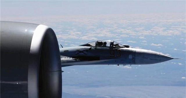 空中对峙!俄战机一周内14次拦截外国侦察机
