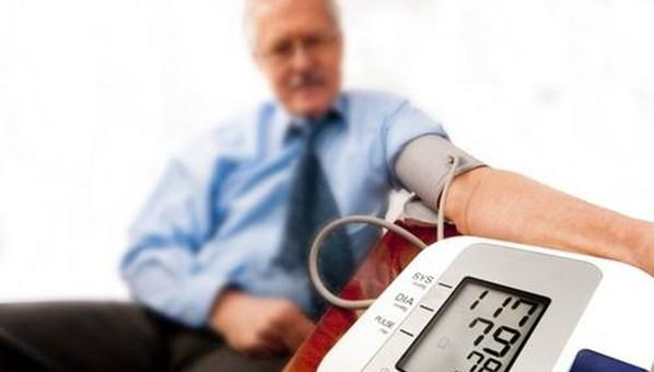 在家测血压抓要点