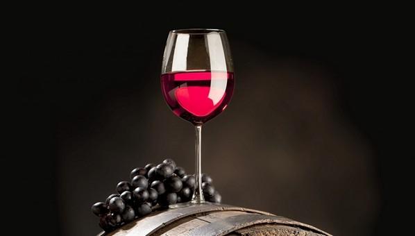 保养有秘诀!研究称红葡萄酒中确含抗衰老成分