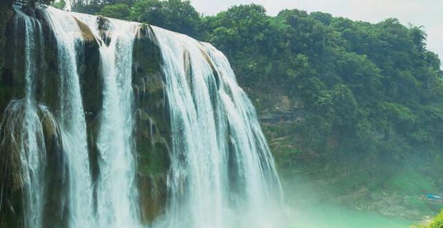 人民日报看贵州:山地公园省 旅游现井喷